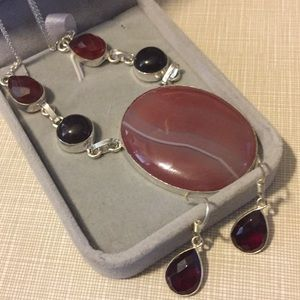 Jewelry - Pretty Botswana Agate Onyx  red quartz set